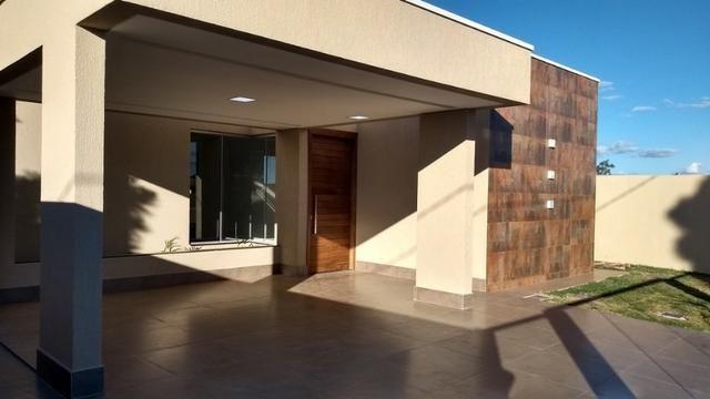 Samuel Pereira oferece: Casa 3 Quartos Nova Moderna Sobradinho Churrasqueira Condomínio