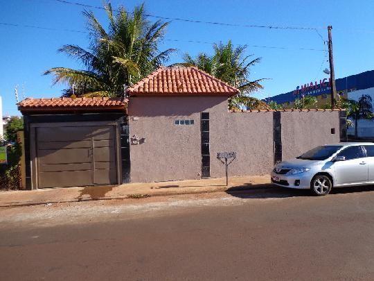 Casa à venda com 2 dormitórios em Centro, Cravinhos cod:V60434