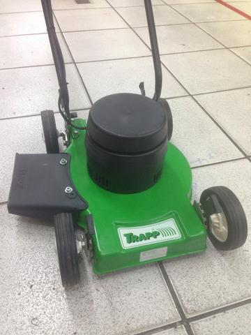 Máquina / carrinho cortar grama 1800 wats TRAPP bivolt - Foto 2