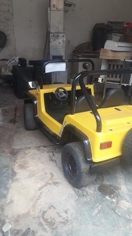 Vendo ou troco por moto ou terreno jeep da fapinha - Foto 2