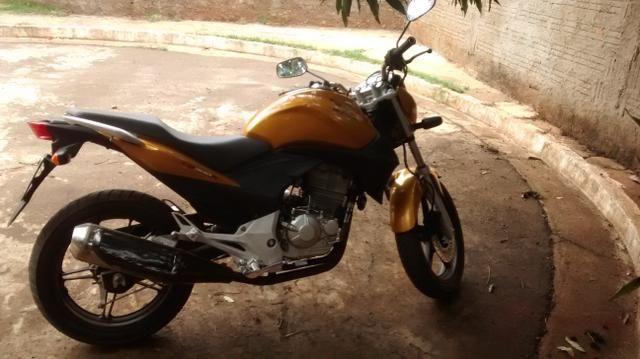 CB 300R 2010 - Foto 2