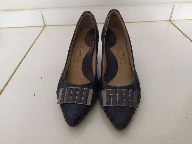 8 pares de sapato N. 39 - Foto 5