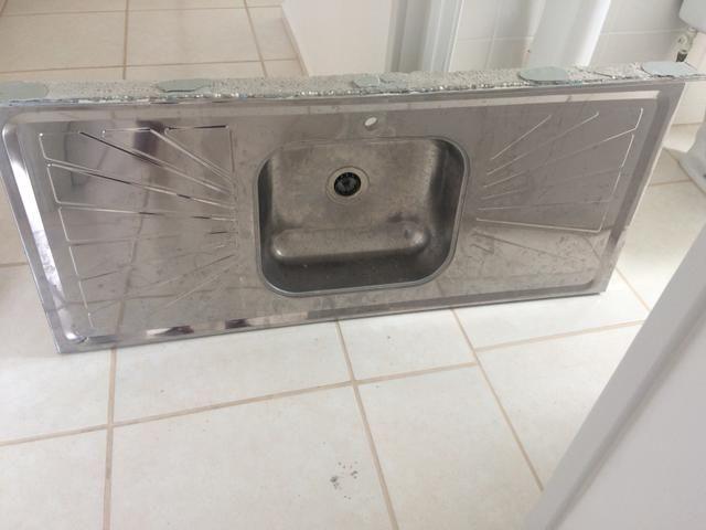 Vendo 2 pias para banheiro e cozinha - Foto 3