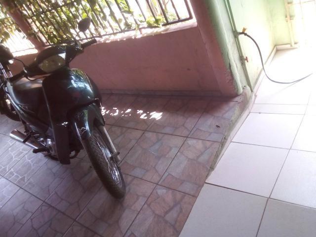 Moto biz 100 - Foto 5
