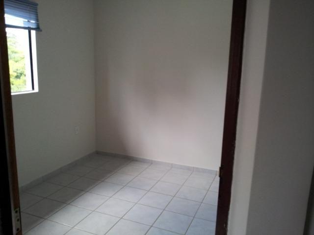 Apartamento de 2 dormitórios com DUAS vagas de garagem, oportunidade - Foto 8