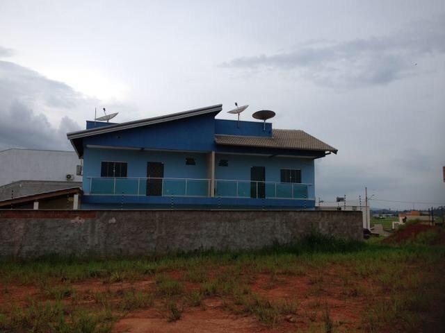 Vende-se imóvel com 2 casas geminadas - Foto 7