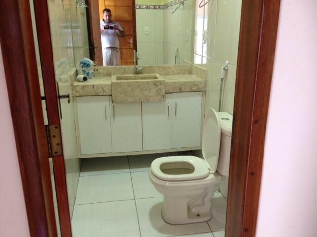 Vende-se imóvel com 2 casas geminadas - Foto 11