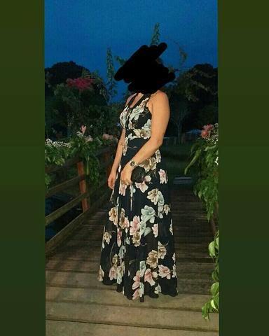Vendo este vestido de festa veste 38 e 40 - Foto 2