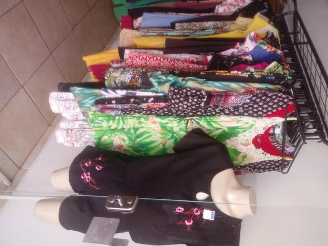 Tenho roupas pra quem vai abrir um bazar - Foto 5