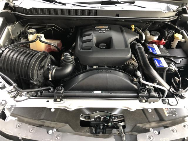 S10 LT 4x4 automática diesel 16/17 - Foto 5
