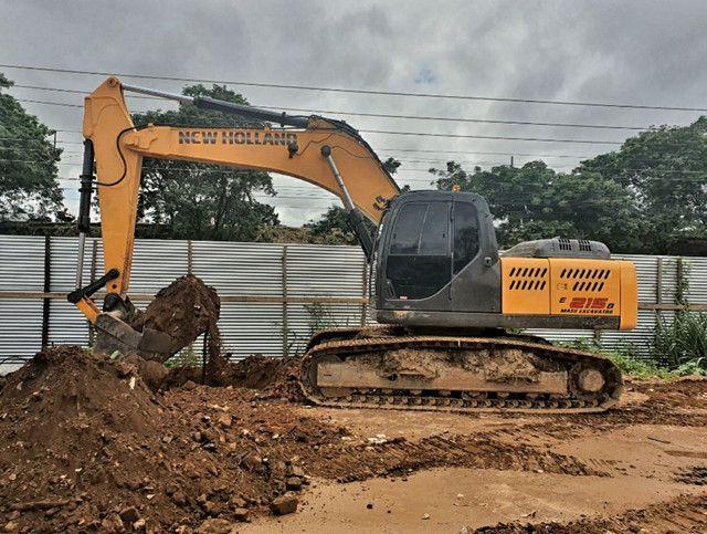 Escavadeira New Roland E215b  - Foto 2