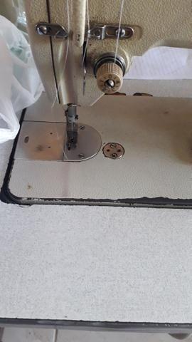 Máquina de costura reta industrial marca brother - Foto 5