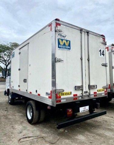 RI- caminhão volkswagen vw 8120 baú frigorifico 2017