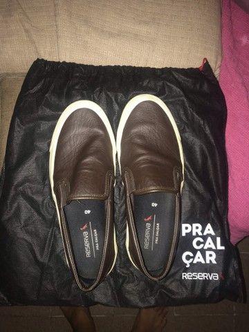 Tênis de sapato da reserva couro legítimo