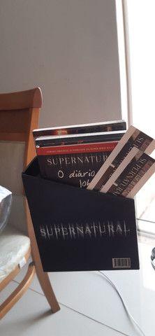 Coleção de livros da série Supernatural  - Foto 2