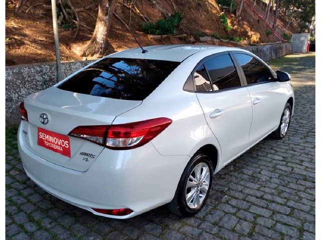 Toyota Yaris 1.5 16V FLEX SEDAN XL PLUS TECH MULTIDRIVE - Foto 3