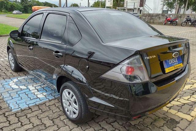 Ford Fiesta CLASS 1.6 4P - Foto 4