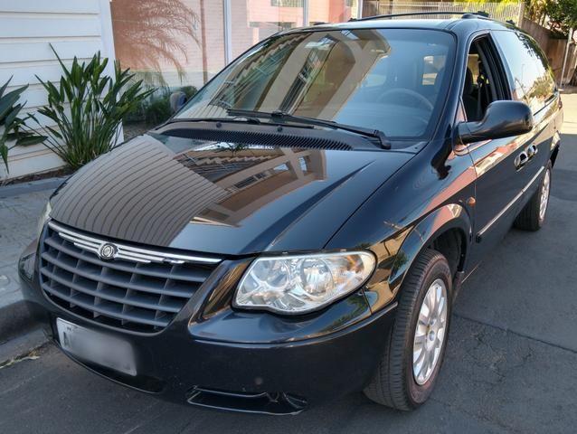 Chrysler Grand Caravan SE 3.3 V6 - Segundo dono- Placa A- Leiam