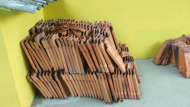 Telhas Romana R$ 0,50 a unidade tem quase 300 unidades - Foto 2