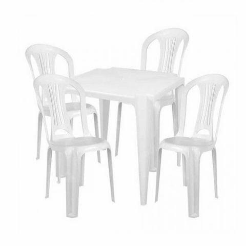 Locação de Mesas e Cadeiras Beatriz