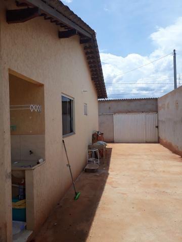 Vendo ou troco casa - Foto 4