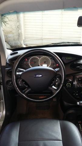 Focus Ghia sedan automático com teto solar - Foto 7