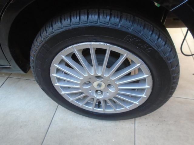 Ford Fiesta Personnalite 1.0  Preto - Foto 6