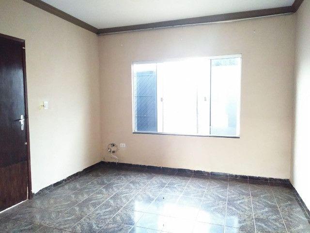 Excelente Casa Com 2 Quartos + Salão a Venda no Bairro Monte Castelo - R$ 315mil - Foto 6