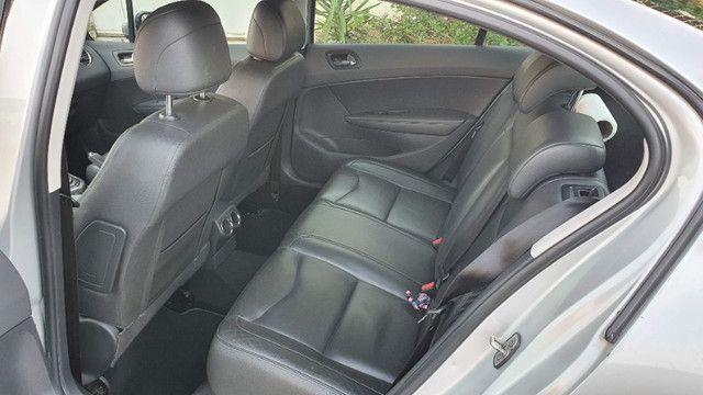 Peugeot 408 Griffe 2011 Prata - Automático/Teto Solar/Bancos de Couro - Abaixo da FIPE!!! - Foto 12