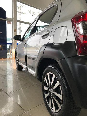 Toyota Etios Cross 1.6 2017 - Foto 9