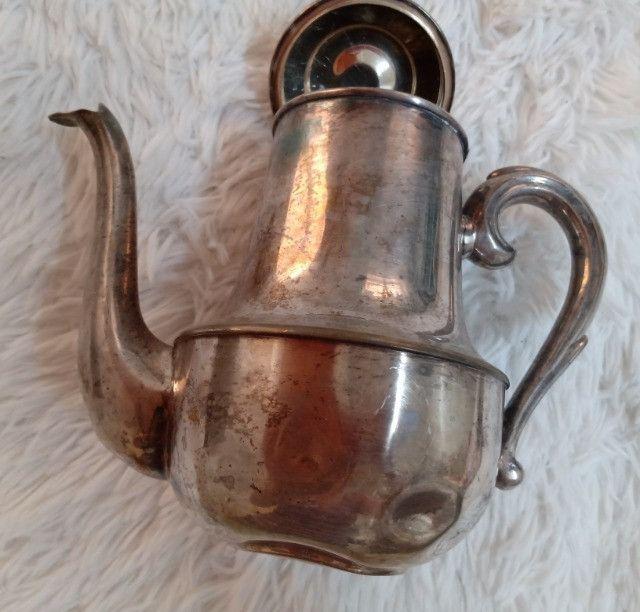 Bule banhado a prata antigo 27cm - Relíquia - Colecionador - R$80,00 - Foto 2