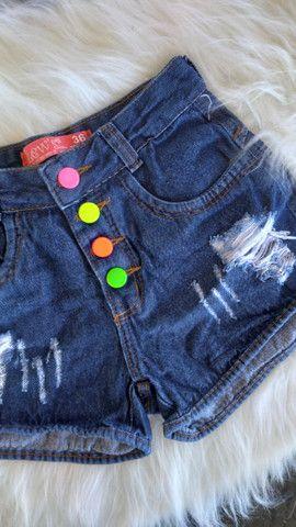 Short Jeans botões coloridos  - Foto 3