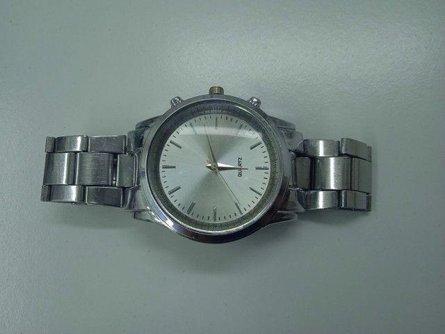 Relógio ponteiro prata Quartz (PROMOÇÃO) - Foto 2