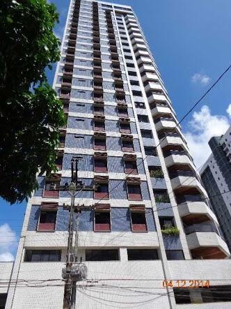 Apartamento com 129m, 3 quartos, suite, nas Graças. Totalmente decorado