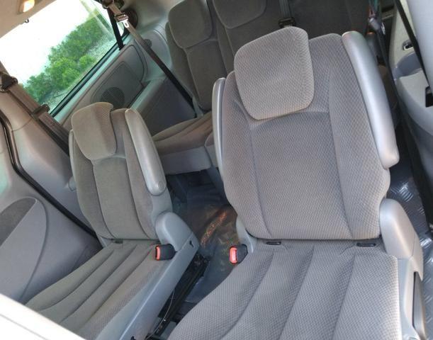 Chrysler Grand Caravan SE 3.3 V6 - Segundo dono- Placa A- Leiam - Foto 10