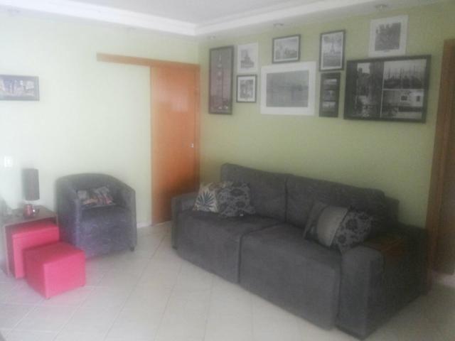 Maracana, 02 dormitórios reformadíssimo e vaga de garagem escriturada - Foto 9