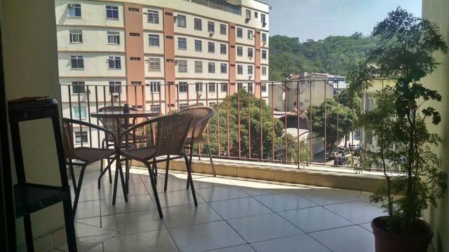 Maracana, 02 dormitórios reformadíssimo e vaga de garagem escriturada - Foto 5