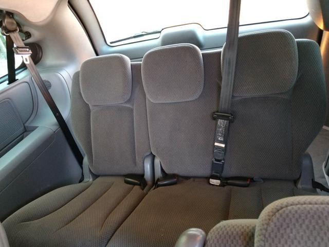 Chrysler Grand Caravan SE 3.3 V6 - Segundo dono- Placa A- Leiam - Foto 14