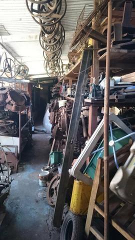 Ferro velho de peças de carros antigos Willys - Foto 5
