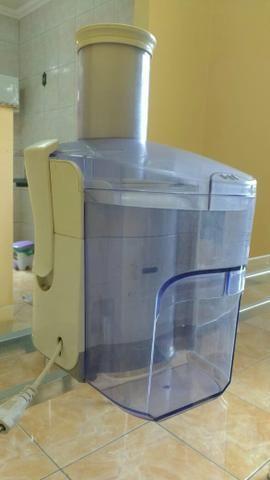 Vende-se máquina de fazer sucos - Foto 3