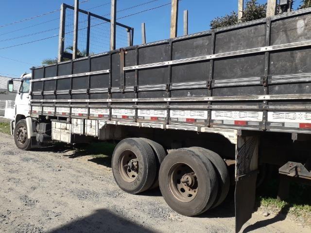 Carroceria truck graneleiro - Foto 10