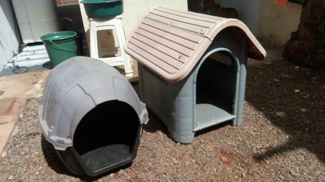 Vendo 2 casinhas de cachorro R$ 120.00