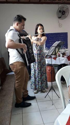 Aula de música com Fernando Henrique diversos istrumentos como o acordeon - Foto 2