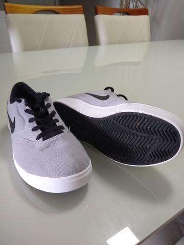 Sapatênis infantil Nike tamanho 30