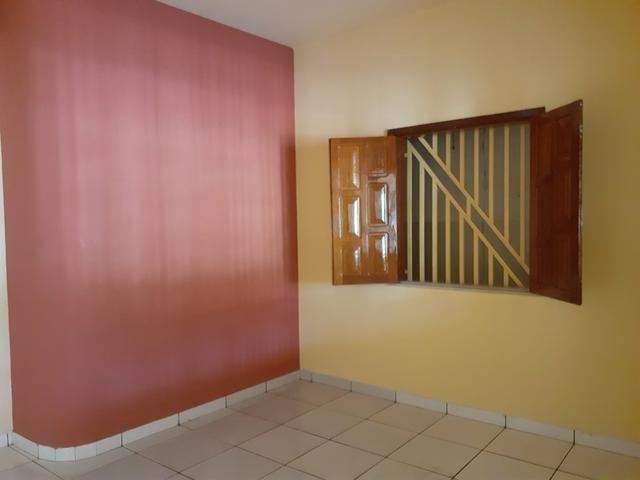 ALUGUEL | Casa no Centro à poucos metros da orla - Foto 2
