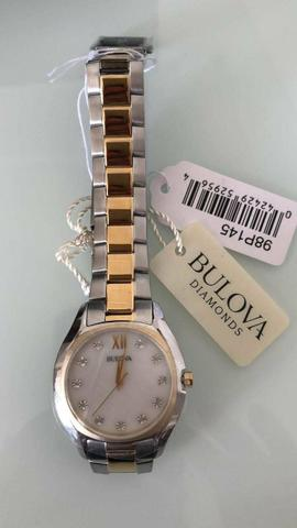 4281ca8086d Relógio Bulova Feminino - Madrepérola brilho Diamante 98p145 ...