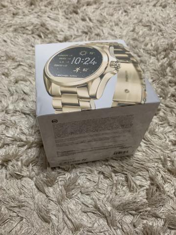 084188bfddb Relógio Michael Kors Dourado Access Digital Mkt5001 Smartwatch ...