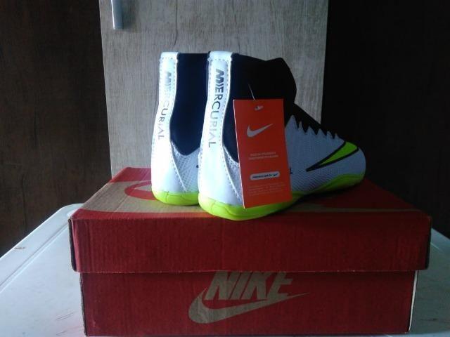 231673d032a89 Chuteira Botinha Cano Alto Futsal Futebol Club - Nike Mercurial - Tamanho 40  - Foto 2