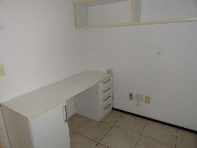 AP0151 - Apartamento com 3 dormitórios para alugar, 70 m² por R$ 1.550/mês - Meireles - Foto 14
