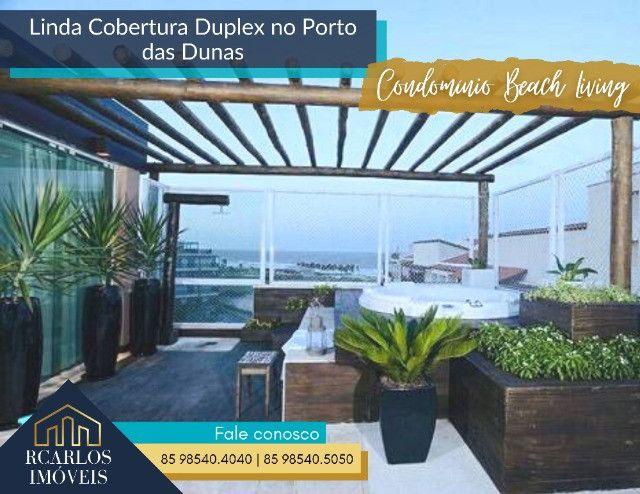 Cobertura belíssima duplex no Porto Das Dunas com vista para o mar.